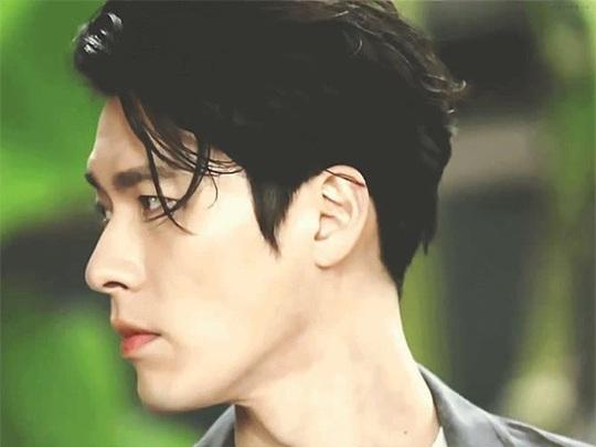 """""""Soái ca Triều Tiên"""" Hyun Bin gây bão mạng với góc nghiêng sắc lẹm - Ảnh 11."""