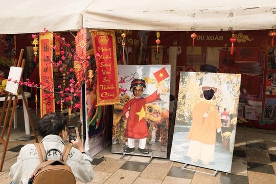 Thành phố ở Nhật Bản rộn ràng đón Tết cổ truyền Việt Nam - Ảnh 2.