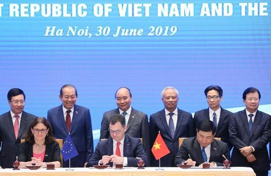 Ủy ban Thương mại EU thông qua EVFTA và EVIPA với Việt Nam - bước tiến quan trọng - Ảnh 2.