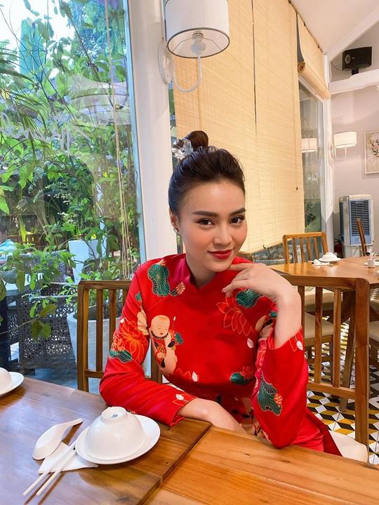 Ninh Dương Lan Ngọc, Cao Minh Đạt đón Tết bên gia đình - Ảnh 3.