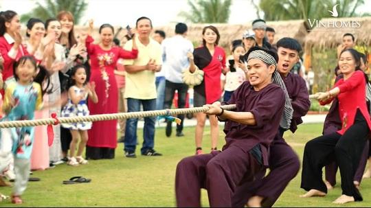 Dương Triệu Vũ bay khinh khí cầu đón Tết giữa TP HCM - Ảnh 6.