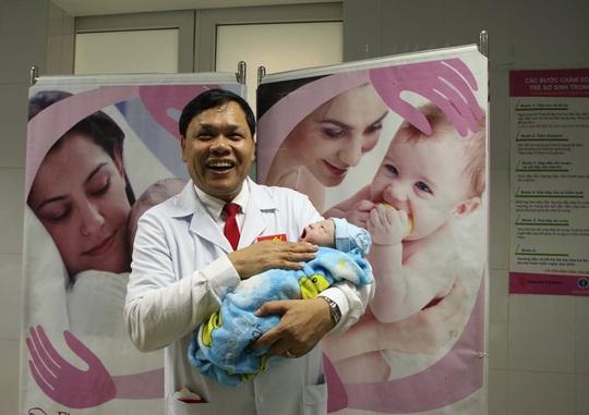 Công dân nhí nặng 3,5 kg xông đất Bệnh viện Phụ sản Trung ương - Ảnh 5.