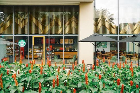 6 quán cà phê tụ tập ngày Tết ở Hà Nội - Ảnh 1.