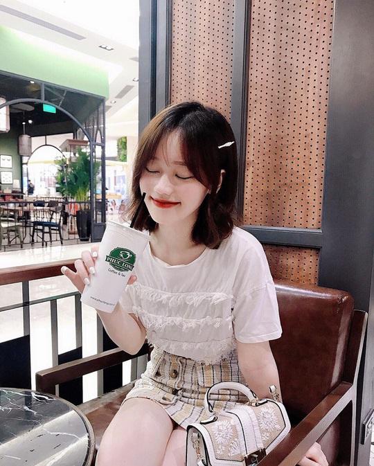 6 quán cà phê tụ tập ngày Tết ở Hà Nội - Ảnh 12.