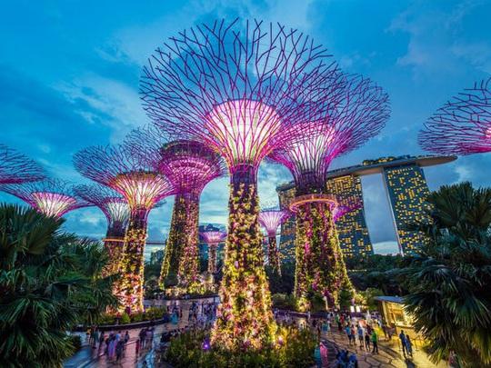 Quá khứ không xu dính túi của tỷ phú lẩu giàu nhất Singapore - Ảnh 15.