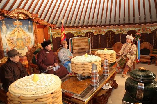Tết cổ truyền trên cao nguyên Mông Cổ - Ảnh 3.