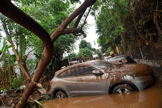 Indonesia nỗ lực phá mây để ngăn mưa ở Jakarta - Ảnh 1.