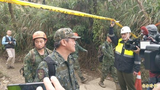 Vụ tướng Đài Loan tử nạn: Rà hộp đen tìm cuộc gọi bất thường - Ảnh 1.