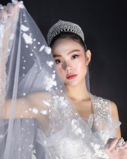 6 trào lưu làm đẹp nổi bật nhất năm 2019 của mỹ nhân Việt - Ảnh 6.