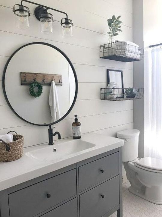 10 cách không ai ngờ tới giúp tiết kiệm khối tiền khi cải tạo phòng tắm - Ảnh 2.