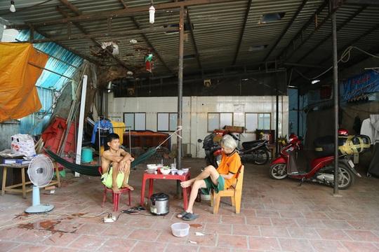Di tích nhà cổ Vương Hồng Sển thoi thóp giữa TP HCM - Ảnh 16.
