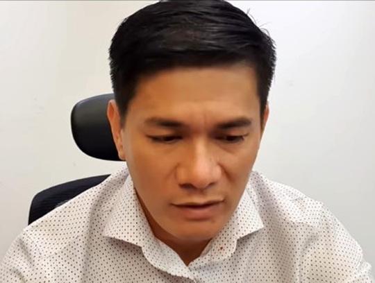 Giám đốc DN ở TP HCM lên YouTube xin lỗi nữ chủ cửa hàng ở Sóc Trăng - Ảnh 1.