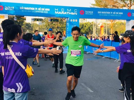 Phạm Thị Hồng Lệ vô địch marathon TP HCM 2020 - Ảnh 3.