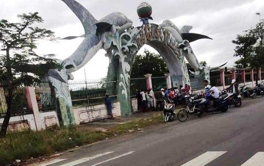 Bắt giam 13 đối tượng sát phạt tại trường gà lớn chưa từng có ở Phú Yên - Ảnh 2.