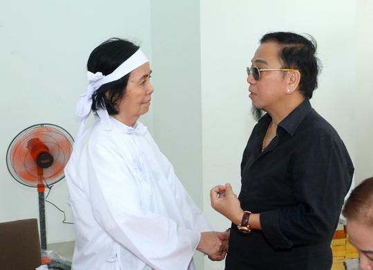 Nghệ sĩ Tú Trinh nhớ về đôi bông tai của vợ chồng Nguyễn Chánh Tín - Ảnh 9.
