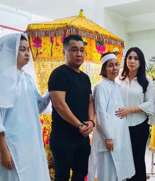 Nghệ sĩ Tú Trinh nhớ về đôi bông tai của vợ chồng Nguyễn Chánh Tín - Ảnh 10.