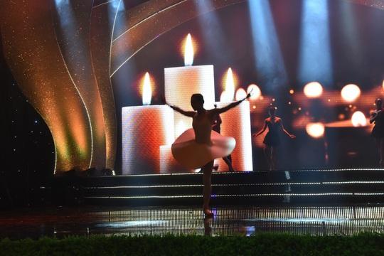 Nghệ sĩ tề tựu diễn tập Mai Vàng trước giờ G - Ảnh 6.