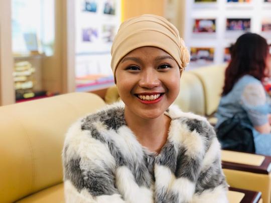 Từ bức thư của Thủ tướng, nữ sinh bị ung thư truyền cảm hứng về cuộc sống cho bệnh nhân - Ảnh 1.