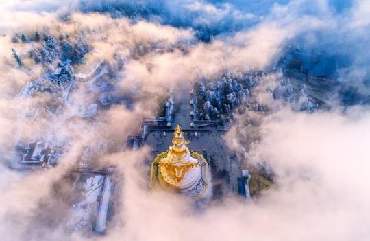 Tiên cảnh đậm chất kiếm hiệp trên núi Nga Mi mùa đông - Ảnh 3.