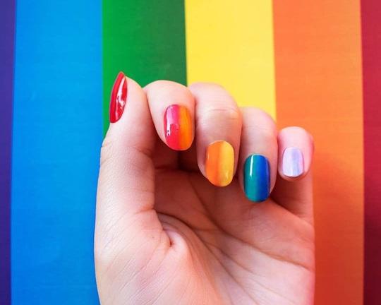 Năm 2020 nên sơn màu móng tay nào cho hợp mốt? - Ảnh 3.