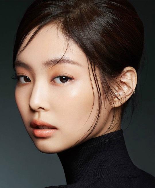 Đây là 7 xu hướng trang điểm kiểu Hàn Quốc hot nhất năm 2020 - Ảnh 3.