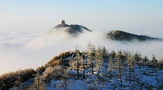 Tiên cảnh đậm chất kiếm hiệp trên núi Nga Mi mùa đông - Ảnh 5.