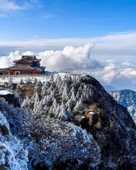 Tiên cảnh đậm chất kiếm hiệp trên núi Nga Mi mùa đông - Ảnh 6.