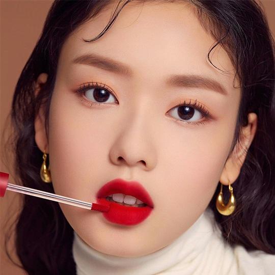 Đây là 7 xu hướng trang điểm kiểu Hàn Quốc hot nhất năm 2020 - Ảnh 6.