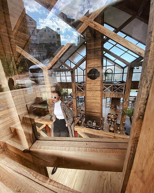 Du khách mê mẩn với quán cà phê phong cách Bắc Âu mới xuất hiện ở Đà Lạt - Ảnh 8.