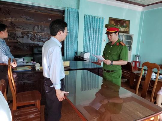 Chủ mưu vụ lợi dụng xây nghĩa trang ở Gia Lai để tham ô là chủ tịch huyện - Ảnh 1.