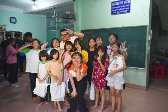 iSMART Education mang Tết Trung thu đến với 150 trẻ cơ nhỡ - Ảnh 3.