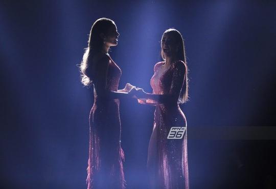 Cận cảnh cô gái lai đăng quang Hoa hậu Hoàn vũ Thái Lan - Ảnh 1.