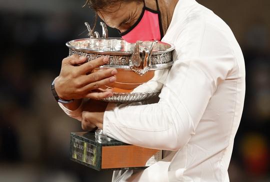 Vô địch Roland Garros 2020, Nadal san bằng kỷ lục Grand Slam của Federer - Ảnh 11.