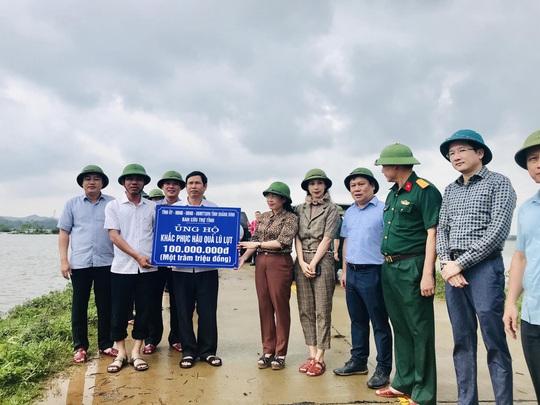 Tập đoàn FLC chung tay hỗ trợ Quảng Bình khắc phục hậu quả mưa lũ - Ảnh 2.