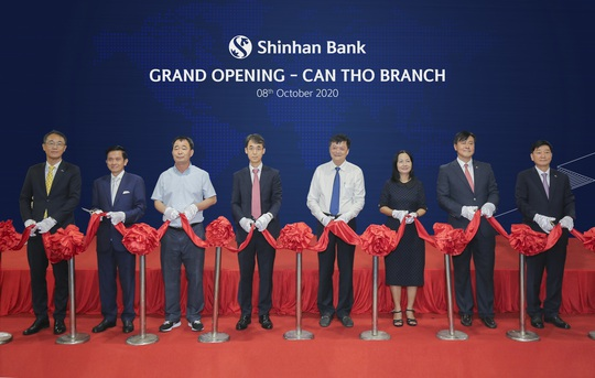 Ngân hàng Shinhan khai trương chi nhánh Cần Thơ - Ảnh 1.