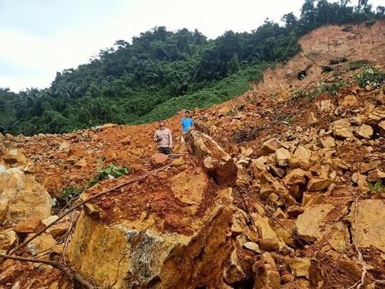 Tìm thấy thi thể Thiếu tướng Nguyễn Văn Man và 12 người khác gặp nạn ở tiểu khu 67 - Ảnh 11.