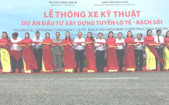 Đại hội Đại biểu Đảng bộ tỉnh Kiên Giang kết thúc phiên họp trù bị - Ảnh 4.