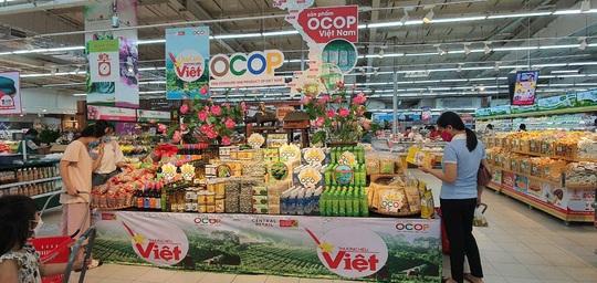 Doanh nghiệp Việt chen chân đưa hàng vào siêu thị Thái Lan - Ảnh 3.