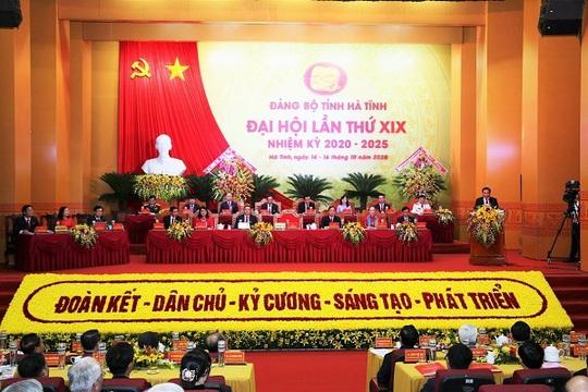 Khai mạc Đại hội Đảng bộ tỉnh Hà Tĩnh lần thứ XIX - Ảnh 1.