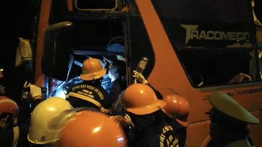 Tai nạn kinh hoàng trên đường tránh Hải Vân, hàng chục người thương vong - Ảnh 2.