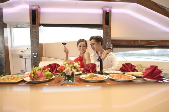 Bắt trend check in du thuyền sang chảnh giữa thiên đường biển Quy Nhơn, bạn đã thử? - Ảnh 5.