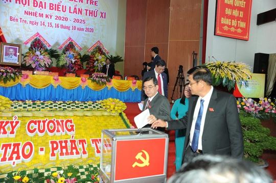 Ông Phan Văn Mãi tái đắc cử Bí thư Tỉnh ủy Bến Tre - Ảnh 1.