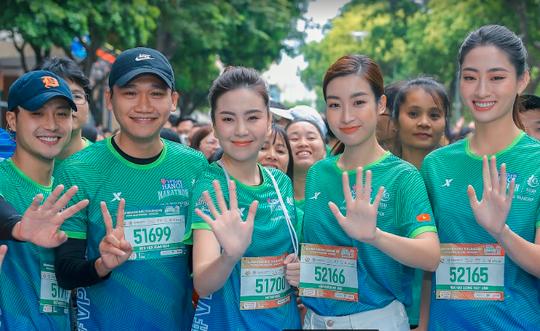 Hoa hậu Mai Phương Thúy, Lương Thùy Linh, Đỗ Mỹ Linh tiết lộ bí quyết giữ gìn sức khoẻ - Ảnh 7.