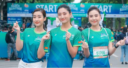 Hoa hậu Mai Phương Thúy, Lương Thùy Linh, Đỗ Mỹ Linh tiết lộ bí quyết giữ gìn sức khoẻ - Ảnh 3.