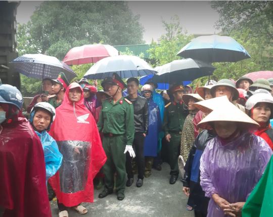 Xúc động lễ tang liệt sĩ, Thiếu tướng Nguyễn Hữu Hùng tại quê nhà - Ảnh 26.