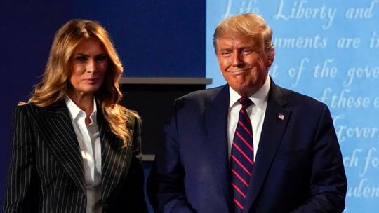 Tổng thống Trump mắc Covid-19: Nước Mỹ chuẩn bị những kịch bản nào? - Ảnh 1.
