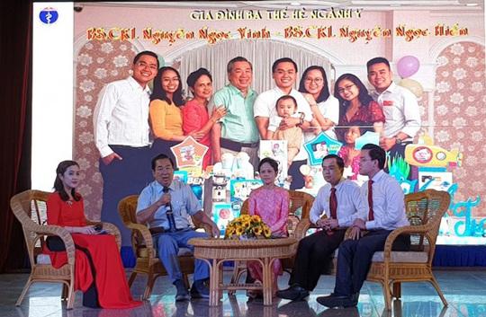 Tuyên dương 52 Gia đình ba thế hệ ngành y - Ảnh 1.