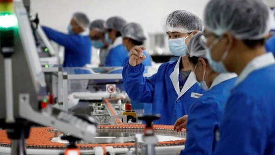 Trung Quốc: Tiêm vắc-xin Covid-19 thử nghiệm cũng phải trả tiền - Ảnh 1.