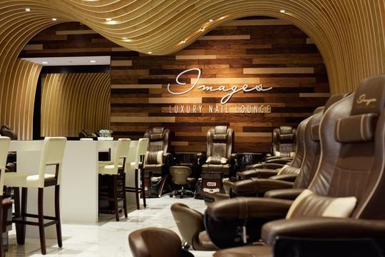 Images Luxury Nail Lounge (Mỹ) kiện chính quyền vì lệnh đóng cửa - Ảnh 2.