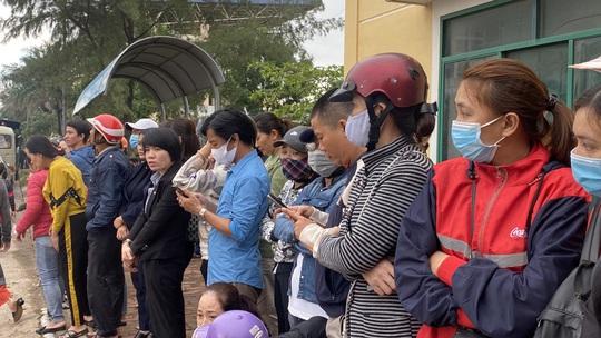Hình ảnh xúc động lễ truy điệu 22 cán bộ, chiến sĩ hy sinh ở Quảng Trị - Ảnh 18.